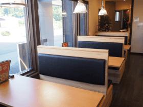 テーブル席 6名席 3テーブル